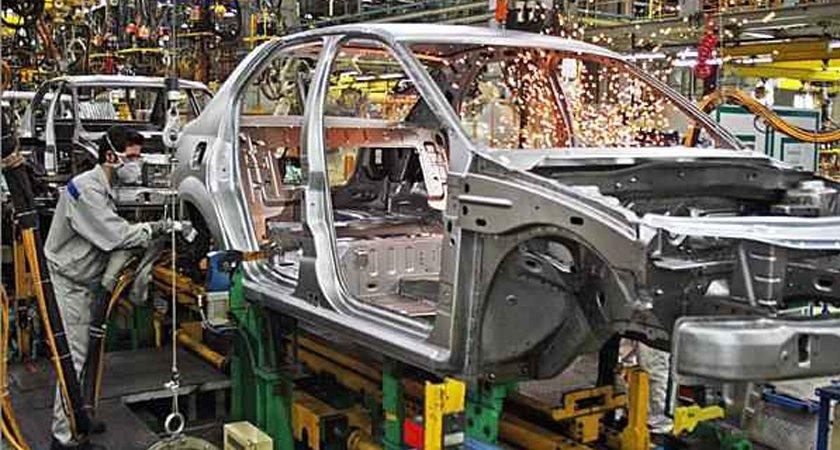 کاهش ۲.۵ میلیارد دلاری وابستگی به خارج در خودروسازی