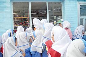 والدین به میان وعده دانش آموزان توجه کنند/ممنوعیت عرضه مواد غذایی غیرمفید در بوفه مدارس