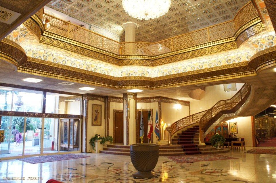 تعدیل ۳۰ درصد از کارکنان هتلهای اصفهان