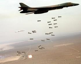 جنگندههای سعودی یمن را با بمبهای خوشهای هدف قرار دادند