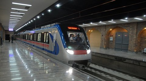 Isfahan metro provides free service until Oct 7