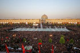استقبال از پیکر مطهر شهید حججی در میدان امام (ره) اصفهان (۳)