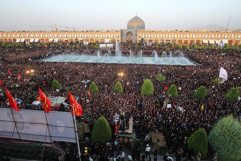 استقبال از پیکر مطهر شهید حججی در میدان امام (ره) اصفهان (4)