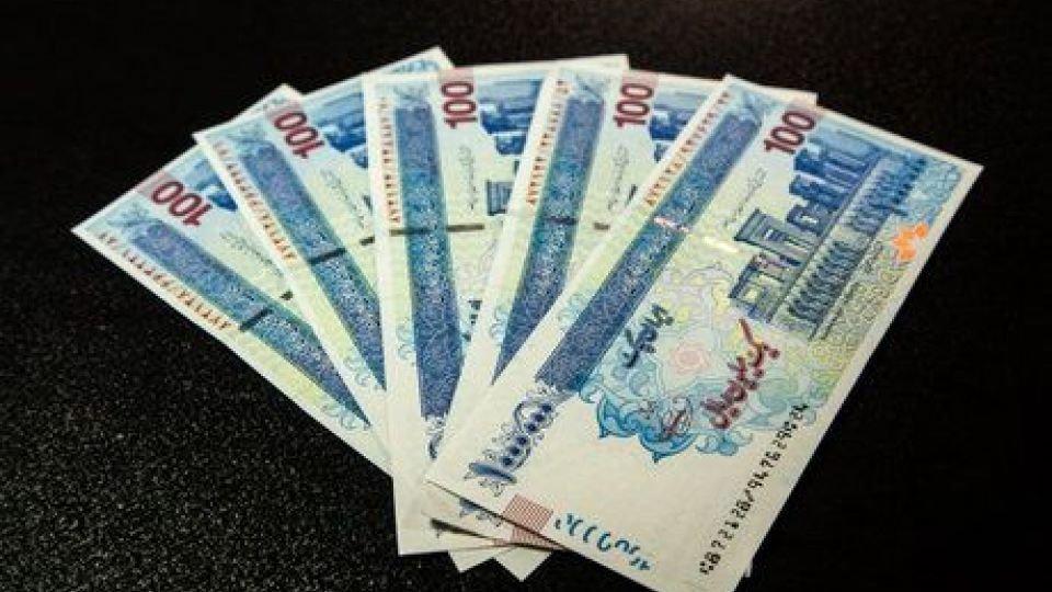 عیدی یک میلیونی کارمندان پیش از ۲۲ بهمن پرداخت می شود