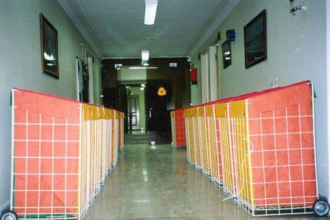 اهداء سبد بازیافت به مدارس منطقه ۱۵ شهرداری اصفهان