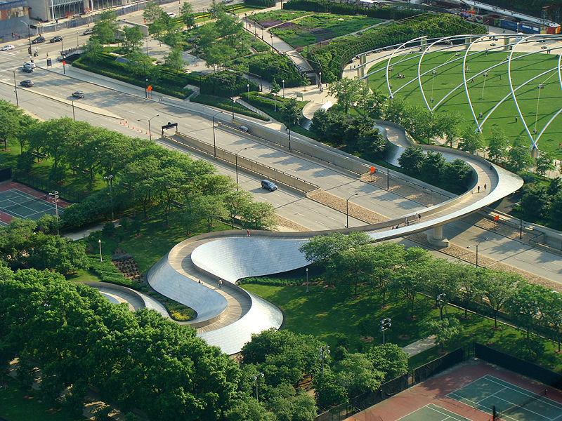 اجزای مبلمان شهری باید هماهنگ با محیط باشد