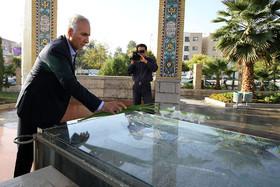 تجدید میثاق شهردار اصفهان با آرمانهای شهدا