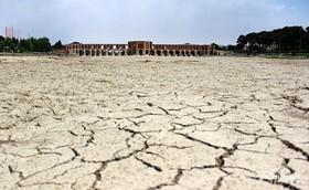 متخلفان برداشتهای غیرقانونی آب باید محاکمه شوند/نباید موضوعات آب امنیتی شود