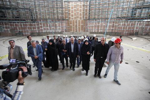 بازدید شهردار و اعضای شورا از سالن اجلاس