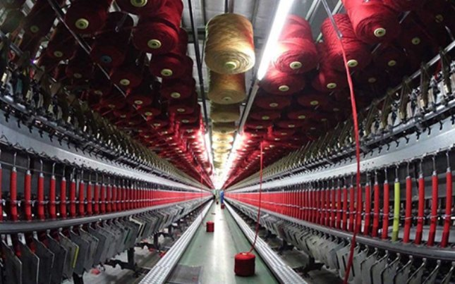 بیرحمی پتروشیمی نسبت به صنعت نساجی
