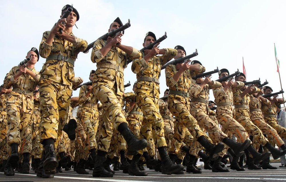 غایبان سربازی نمی توانند کفیل پدرشان شوند