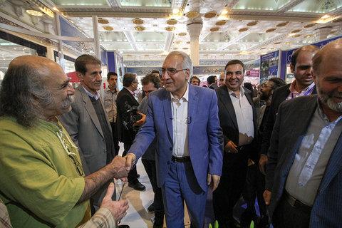 بازدید شهردار اصفهان از بیست و سومین نمایشگاه مطبوعات