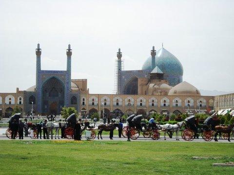آغاز مرحله دوم بهسازی سرویس های بهداشتی مسجد امام اصفهان