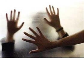 زنان نباید در قبال خشونت سکوت کنند