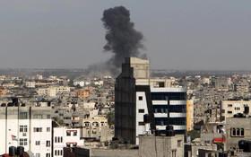 در حمله صهیونیست ها به غزه ۱۷ تن کشته و زخمی شدند