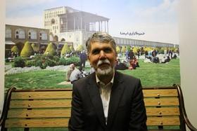 بازدید وزیر فرهنگ و ارشاد از غرفه خبرگزاری ایمنا