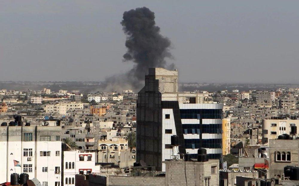 حماس حمله به ساختمانهای مسکونی را جنایت جنگی دانست