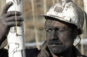 همیشه کفه «دولت» و «کارفرما» سنگین تر است!