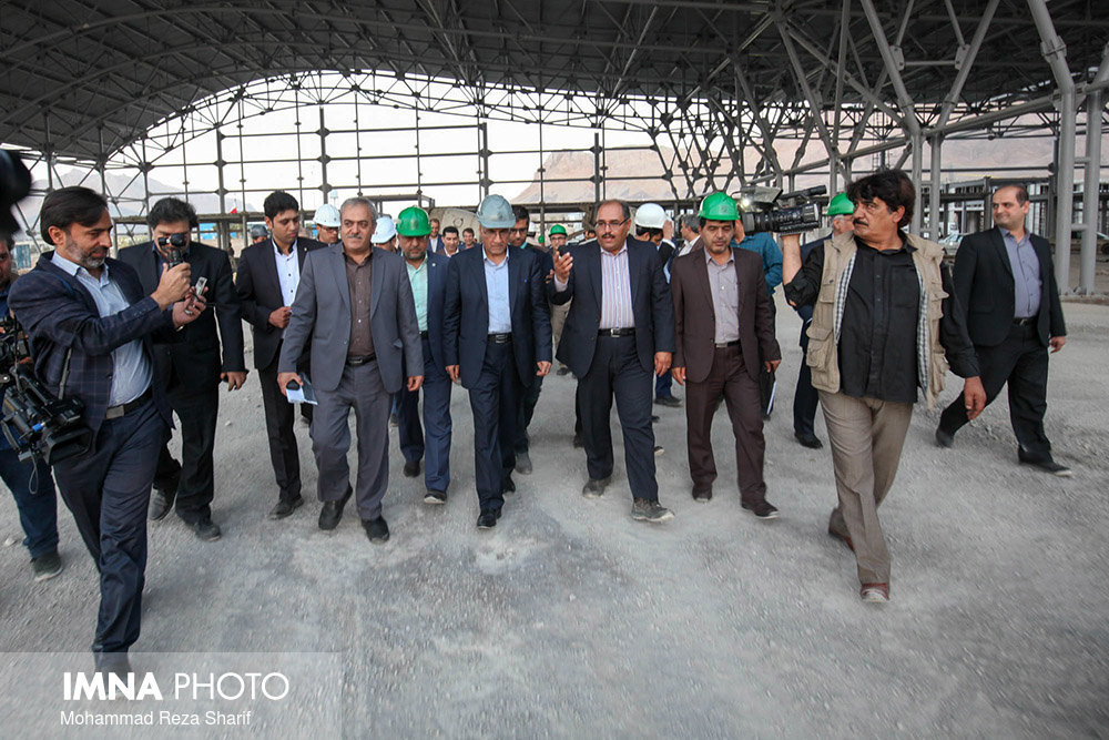 Isfahan mayor visits Isfahan urban projects