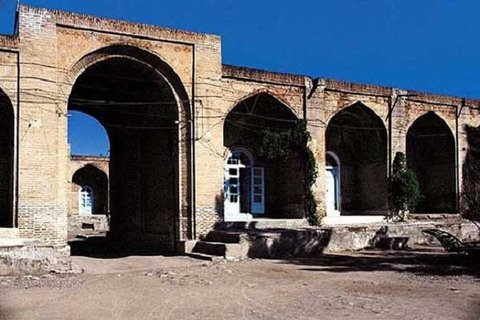 کاروانسرای عباسی قصر شیرین
