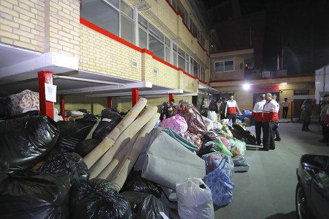 ارسال اولین محموله ی کمک های مردمی اصفهان به مناطق زلزله زده