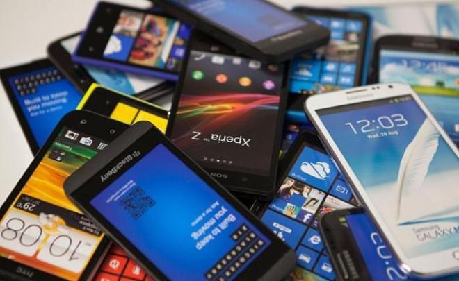 گوشیهای بدون گارانتی در بازار طرفدار بیشتری دارد