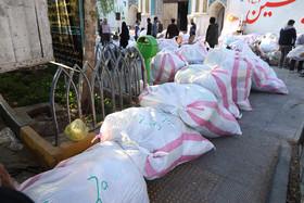 شهروندان اهداء کمک های نقدی برای مناطق زلزله زده را در اولویت قرار دهند