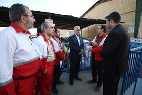 بازدید شهردار اصفهان از عملیات جمع آوری و ارسال کمک های مردمی به مناطق زلزله زده