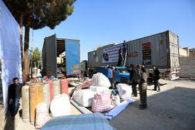 کمکهای مردم شهرستان مبارکه به مناطق زلزله زده غرب کشور
