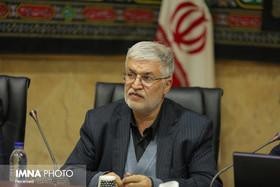 رفتار با زنان در جامعه ایران نیازمند بازنگری جدی است