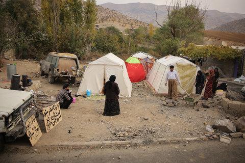 استقرار ۸۰۰ خانوار در چادرها/ حال مصدومان نسبتا خوب است