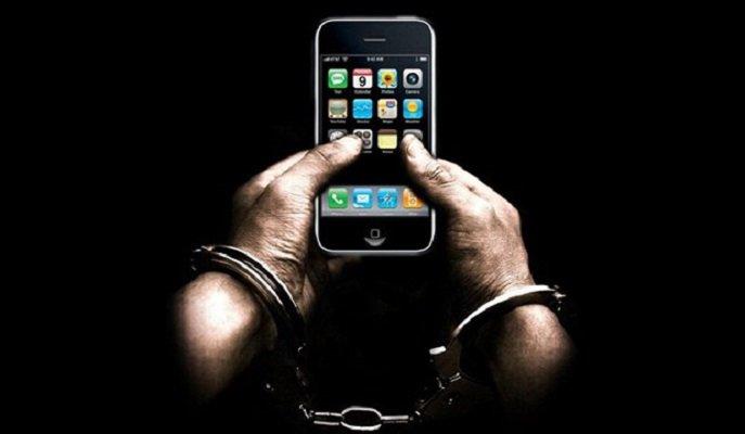 کلاهبردار فروش اقساطی تلفن همراه با ۱۵۰ شاکی روانه دادسرا شد