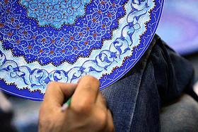 Economic recession taken life of Persian enamel art
