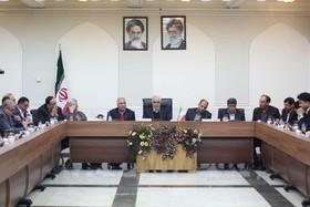 تکمیل خطوط مترو اصفهان یاری دولت را می طلبد/ احیاء زاینده رود یک مطالبه ملی و جهانی است