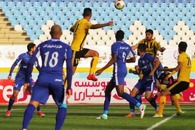 سپاهان در بازی رایگان مقابل استقلال خوزستان
