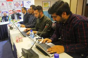 نشست خبری سرمربیان تیمهای حاضر در تورنمنت چهارجانبه فوتسال اصفهان