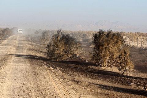 وزش باد توام با گرد و خاک محلی شرق اصفهان را دربر میگیرد