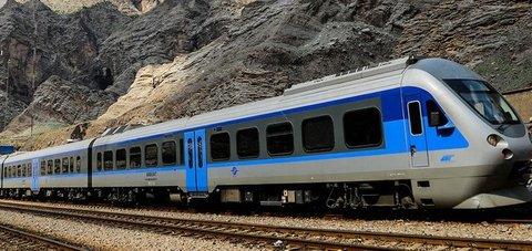 1st Tehran-Isfahan Tourist Train Launched