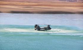 اجرای رزمایش آبی خاکی توسط هوانیروز ارتش