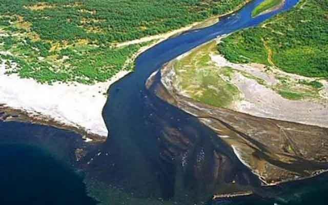 امیدواریم انتقال آب از خلیجفارس تا ۴ سال آینده عملیاتی شود