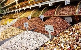 سرمای زمستان بازار آجیل را فرا گرفت/افزایش ۳۰ درصدی نرخ آجیل شب یلدا