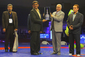 تبریک شهردار اصفهان به افتخار آفرینی تیم کشتی فرنگی بیمه رازی اصفهان