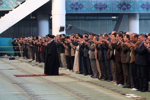 نماز عبادی سیاسی جمعه اصفهان در مصلی امام خمینی (ره)