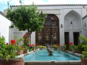 خانه نیلفروشان، یادگاری از عهد قاجار