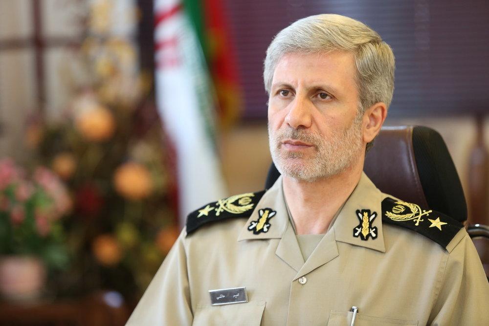 وزیر دفاع در کمیسیون امنیت ملی مجلس حضور مییابد