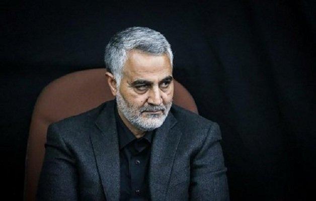 رفتار متفاوت سردار با محافظهایش در لحظه افطار +عکس