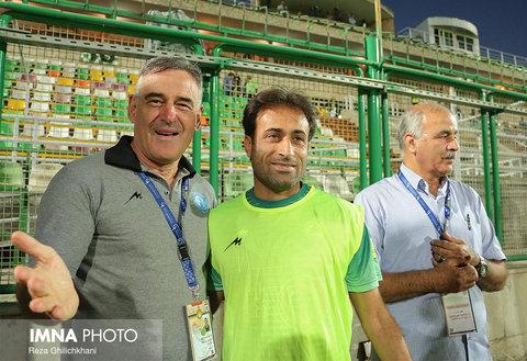 زمان نمازی، چند بازیکن حرف گوش نمیکردند/ اگر در تیمهای تهران بودم به جام جهانی میرفتم