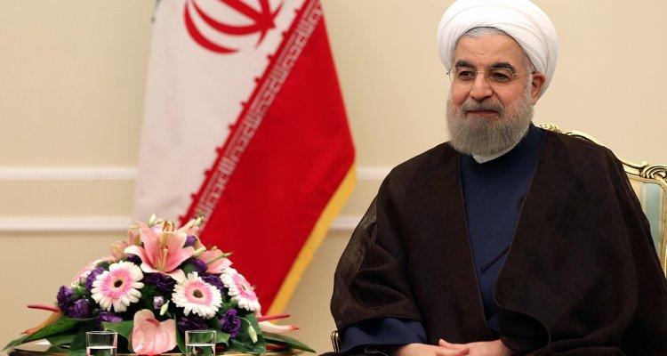 به ایرانی که خانه مسلمان، مسیحی، یهودی و زرتشتی است افتخار میکنیم