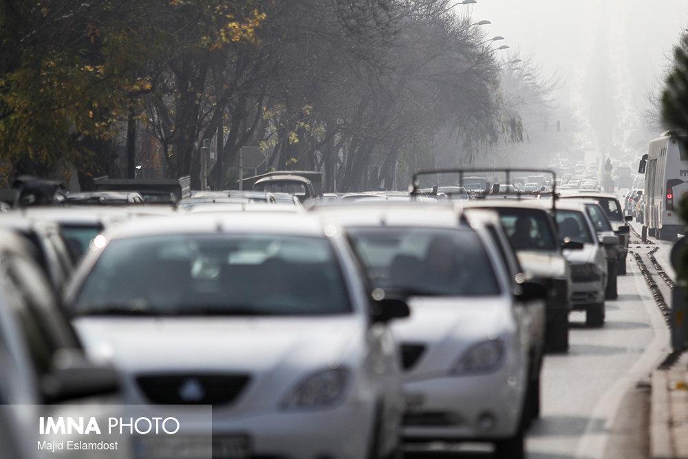 چند راهکار برای کاهش معضل ترافیک شهری