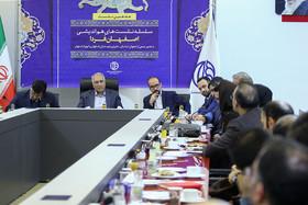 دیدار جمعی ازاصفهان شناسان و دوستداران اصفهان با شهردار اصفهان